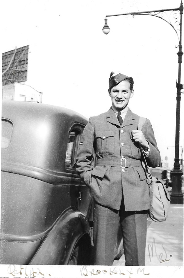 mel next to car 1942