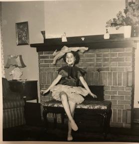 Ellie-ballet-sitting-bench-1955