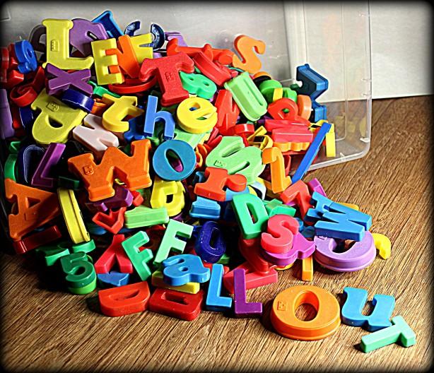 Plastic magnet letters